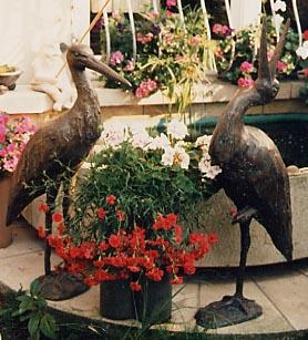 Bronzestörche