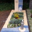 Fertiges Denkmal nach Beplanzung